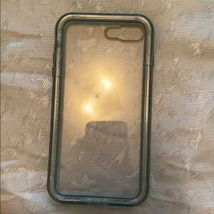 iPhone 8 Plus life proof case